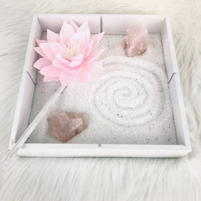 Crystal serenity mini garden - Rose quartz indoor desktop garden