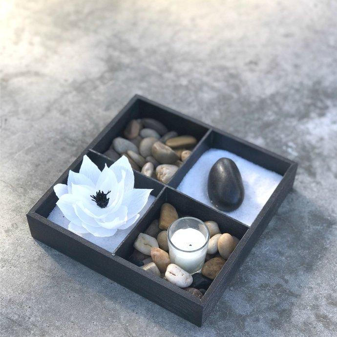 Zen garden using stones, paper lotus and candle - Relaxing indoor table garden