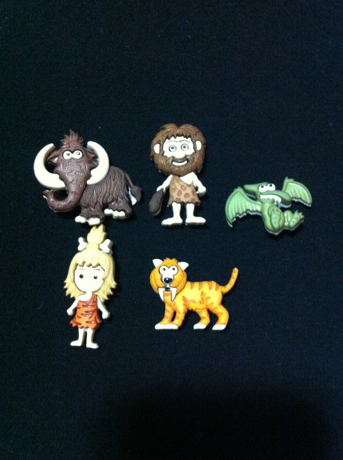 Stone Age Novelty Buttons / Sewing supplies / DIY craft supplies / Plastic