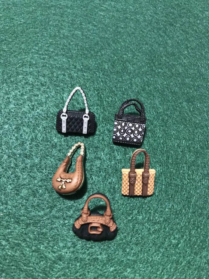 Posh Purses Bags Plastic Buttons / Sewing supplies / DIY craft supplies /Dress