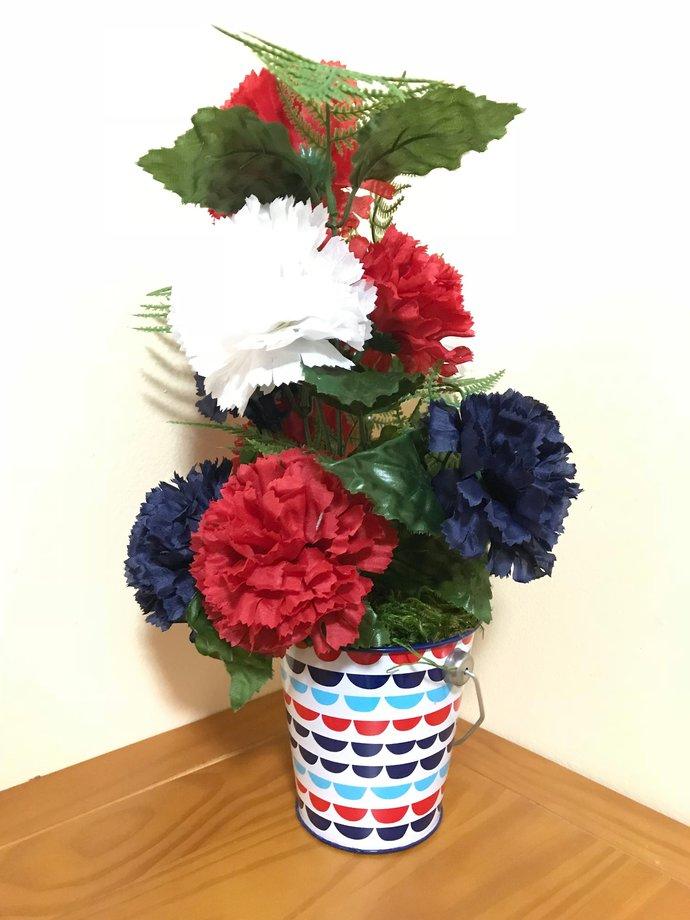 Independence Day Silk Floral Arrangement Centerpiece/Artificial Carnation