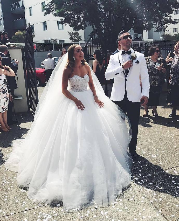 Elegant Sweetheart Lace Top White Wedding Dress