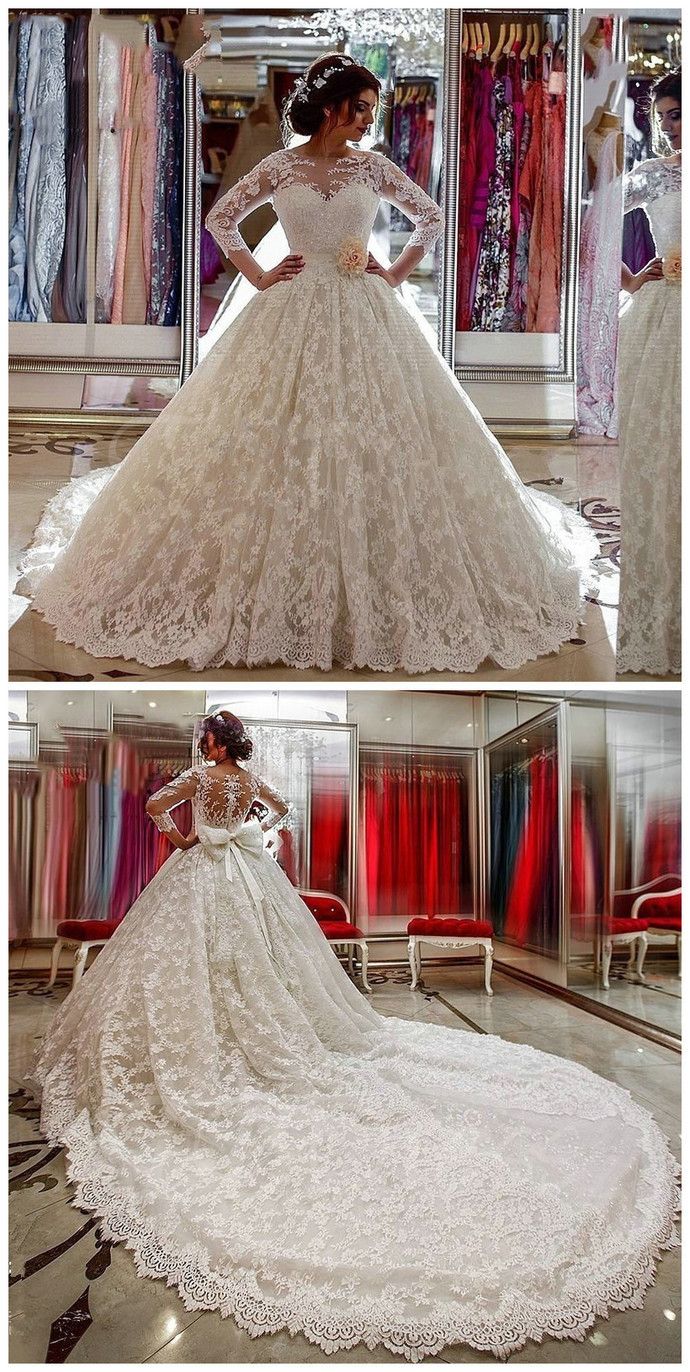 Scoop Neck Long Sleeves Lace Appliques Court Train Wedding Dress Lace Long