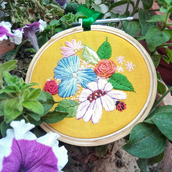 Floral embroidery hoop, bright flower wall art, hand embroidery floral designs,