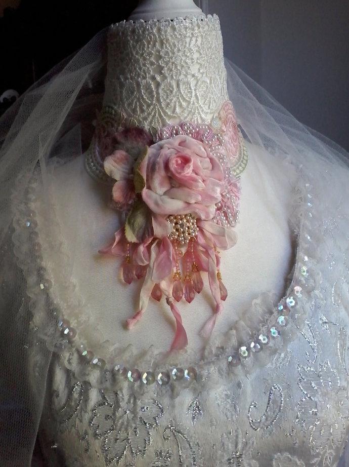 vintage inspired floral necklace,velvet choker necklace, bridal necklace, fairy