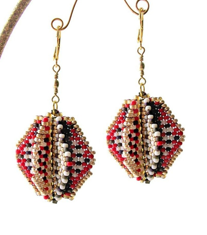 Spinnerz Earrings - Pattern by DatzKatz Designs