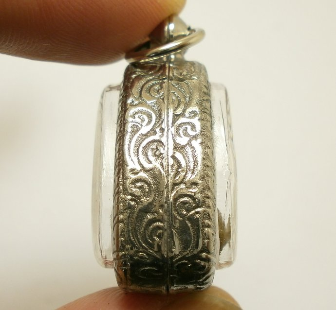 Phra Pidtawan Pitta Pidta Thai pendant amulet blessed in 1987 lucky success