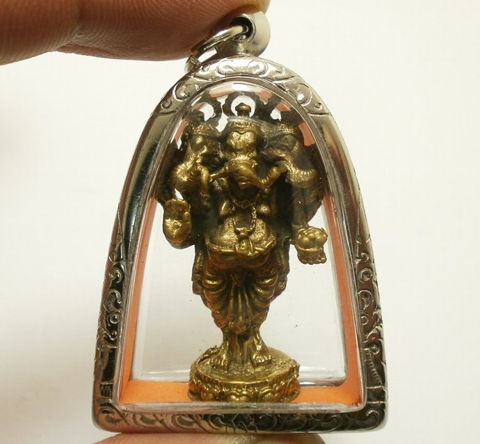 Lord Ganesh god of success 3 Heads Ganesha Blessing Ganapati elephant head
