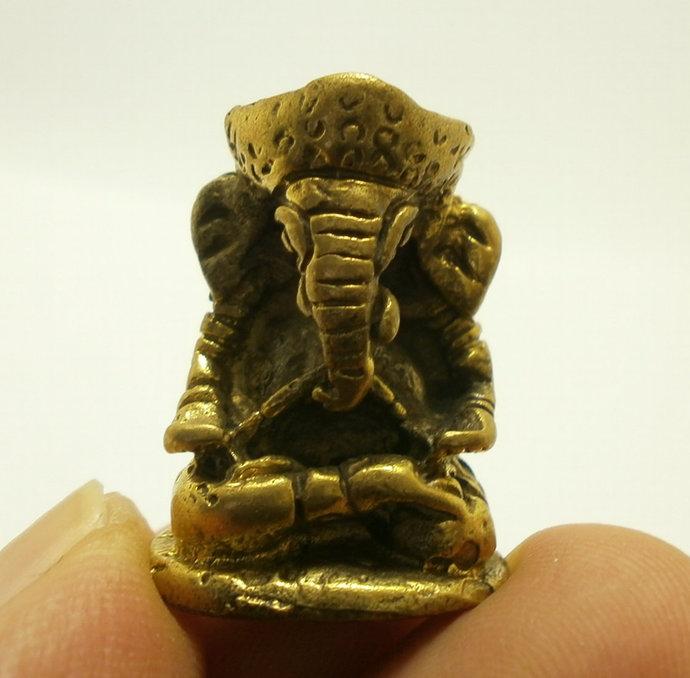 lord ganesh ganesha ganapati vinayaka miniature lucky blessing hindu god deity