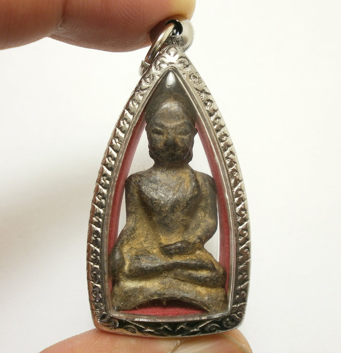 Powerful Cambodia Khmer Buddha real amulet pendant locket super rare antique