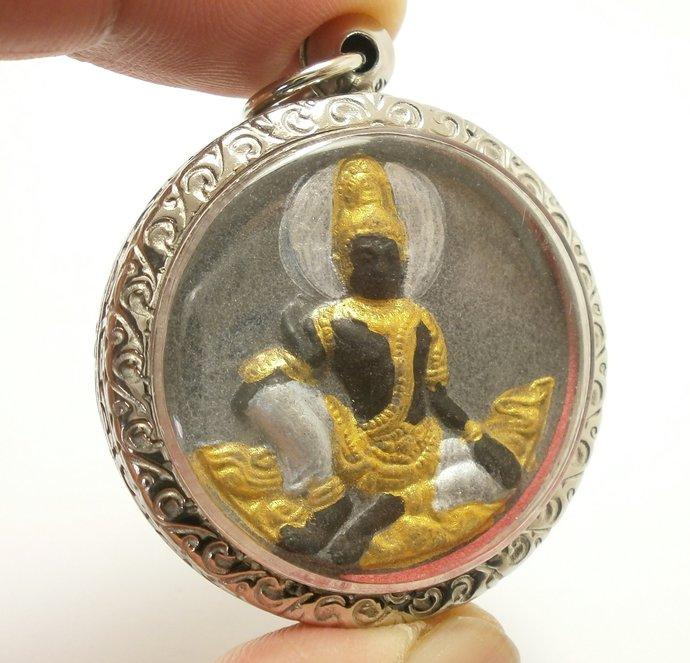 Jatukham Rammathep the king of south sea Jatukam Ramathep Buddha amulet pendant