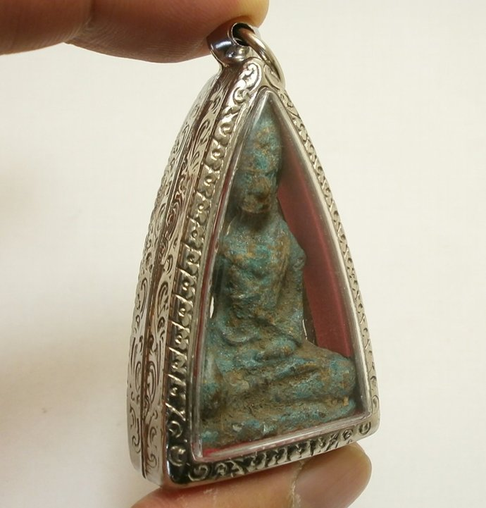 super rare antique Cambodia khmer Buddha amulet pendant locket blessed for