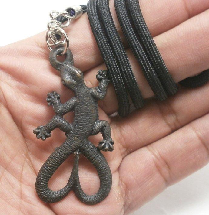 magic gecko lp Lew Thai life protection pendant amulet Thailand famous monk
