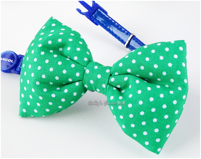 Green Polka Dot Bow Tie For Cats, Photo Props, Pet Accessories, Cat Lovers