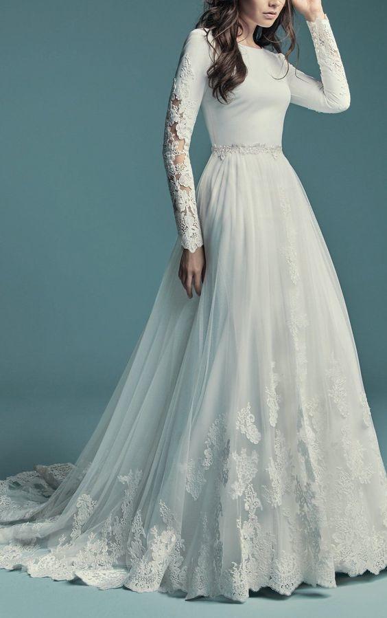 Long Sleeve Lace Weeding Dress G3358
