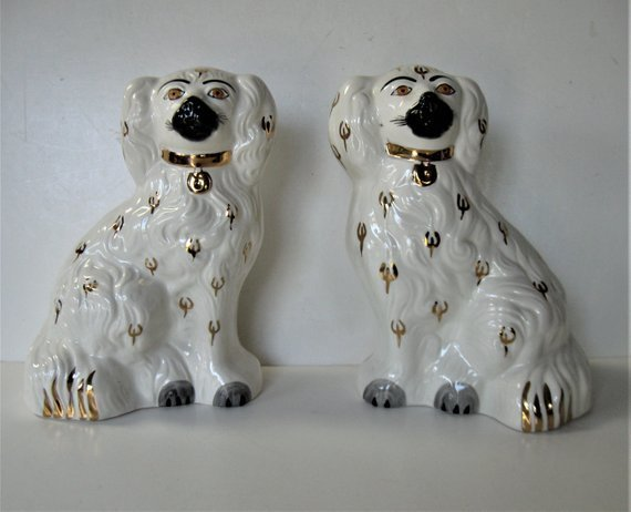 Pair of vintage English Beswick Staffordshire ceramic dogs, gold and white,