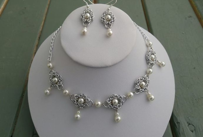 Chainmaille Romanov necklace and earring set, budget wedding, shabby chic, boho