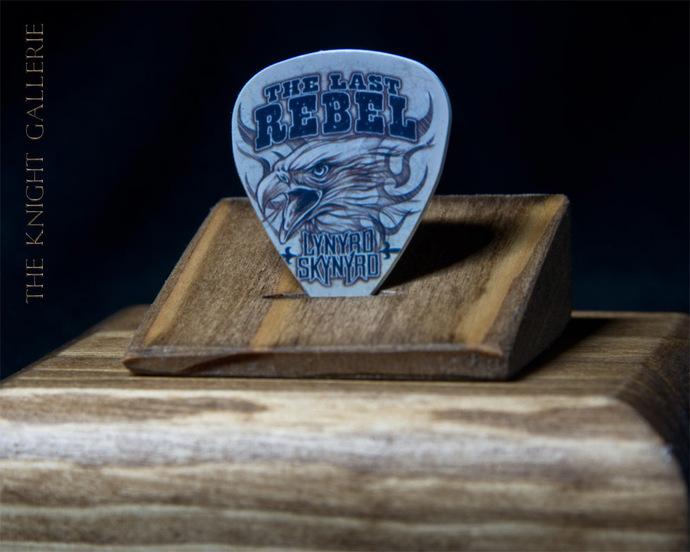 Commemorative guitar pick and display case: Lynyrd Skynyrd