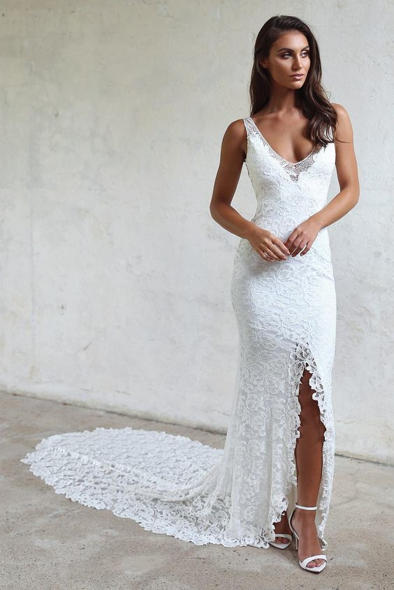 Sexy High Quality Lace Wedding Dress,Fashion Boho Slit Bridal Dress
