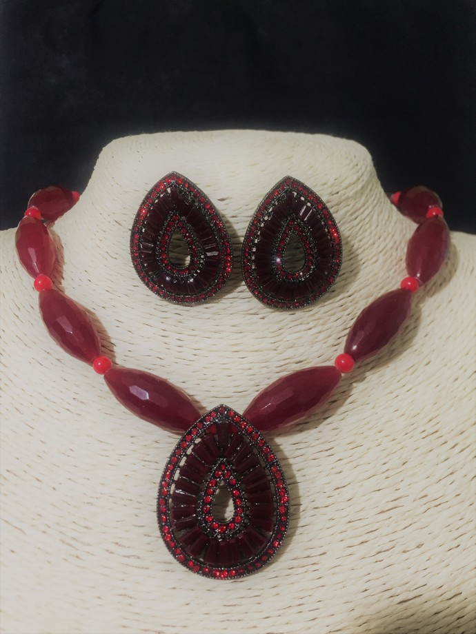 Red Agate Necklace and Earring Set