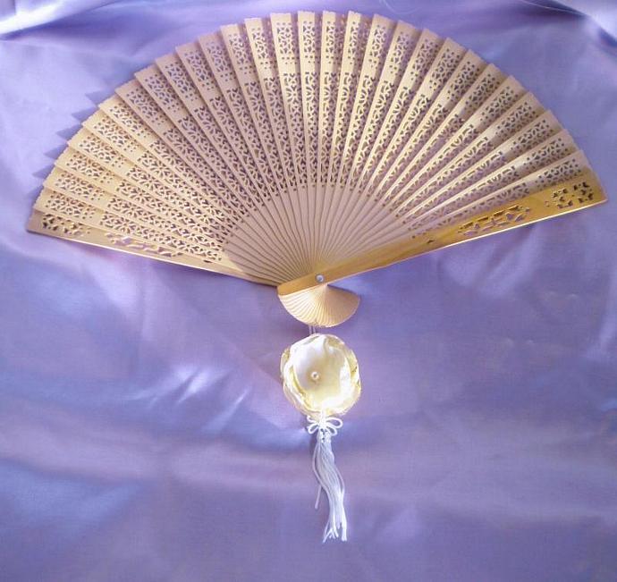 Sandalwood fan with custom color flower -set of 10