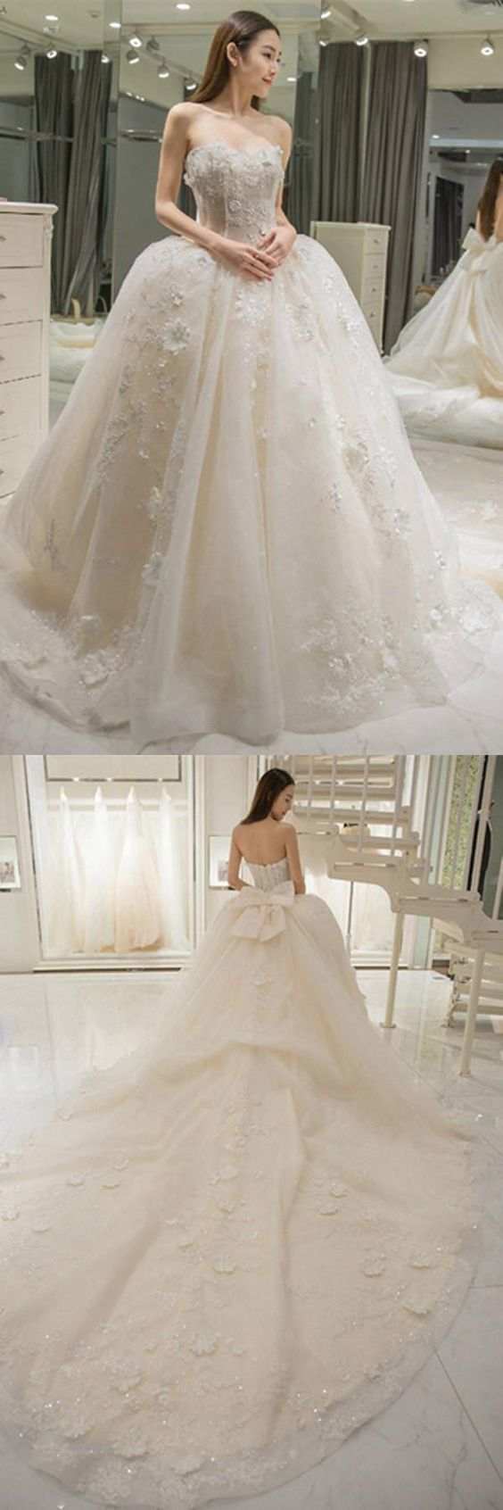 Sweetheart Appliques Bowknot A-Line Floor-Length Wedding Dress