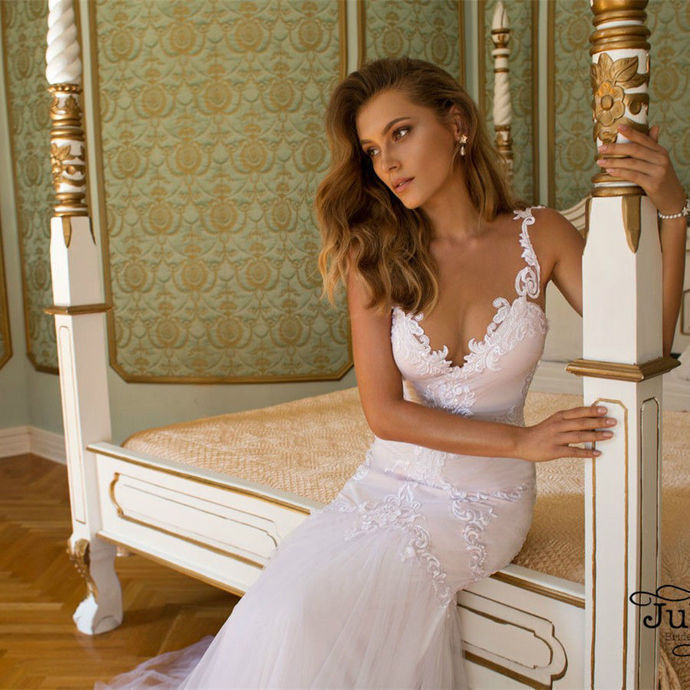Charming V neck Mermaid Appliques Wedding Dress, Sexy Tulle White Wedding Gowns