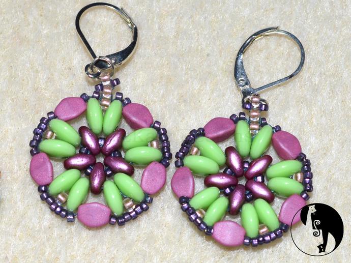 Cinquefoil Earring Pattern by DatzKatz Designs Bead weaving tutorial