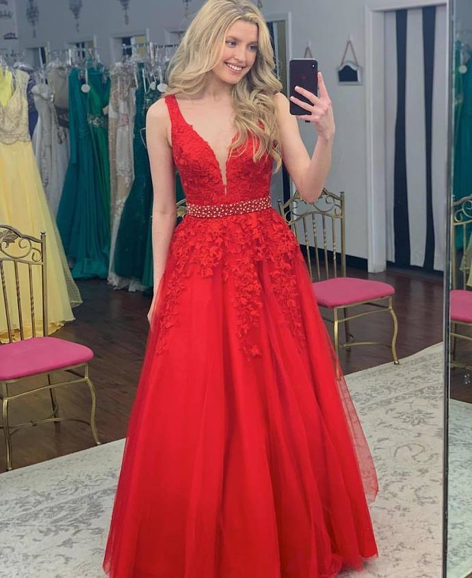 Charming Red Appliques Evening Dress, Elegant V neck Tulle Prom Dresses