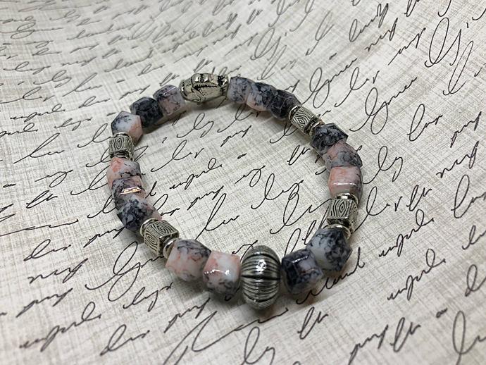 Fish Bracelet| Pink Beaded Bracelet