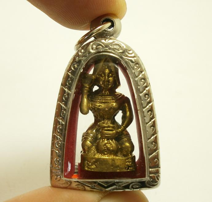 Thai pendant amulet Nangkwak Nang Kwak Lady call Wealth Good Luck &  Prosperity money magic blessing Best for merchant and Service Business