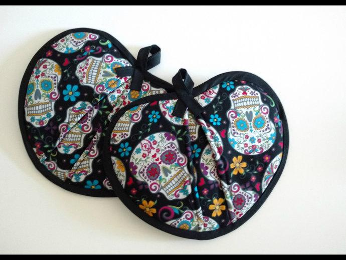 Calavera Sugar Skull Potholders, New Home Housewarming Gift, Day of the Dead