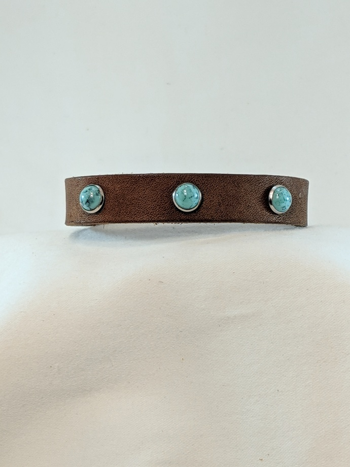 LB 021319 12 Leather  and Turquoise Stud Bracelet