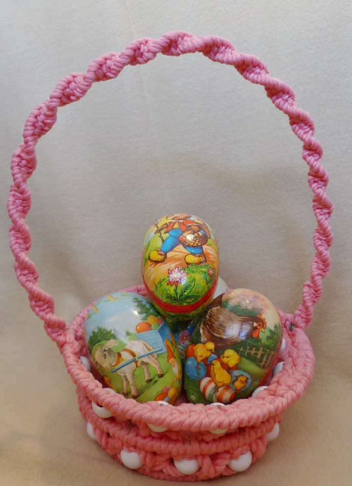 Easter basket Macrame basket Pink basket Holiday decoration Room decoration