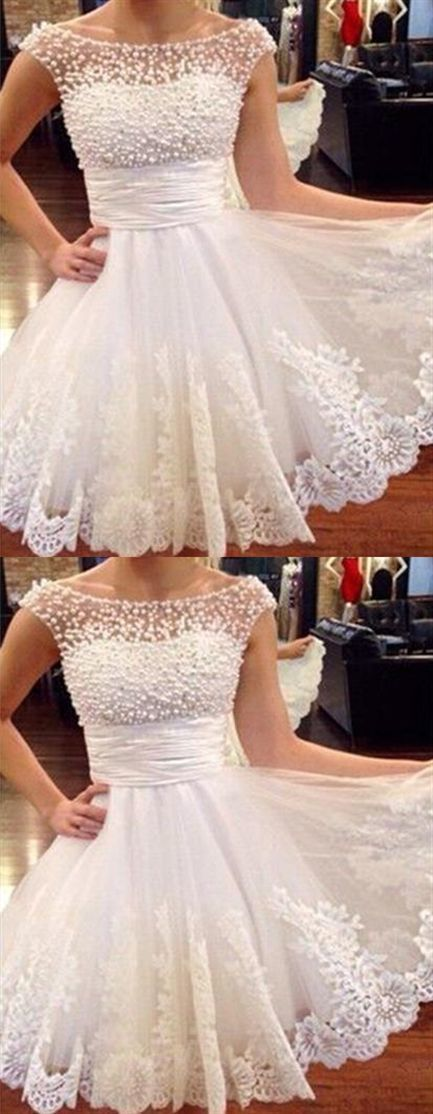 Elegant Pearls Tulle Prom Dresses Short Homecoming Dress with Lace