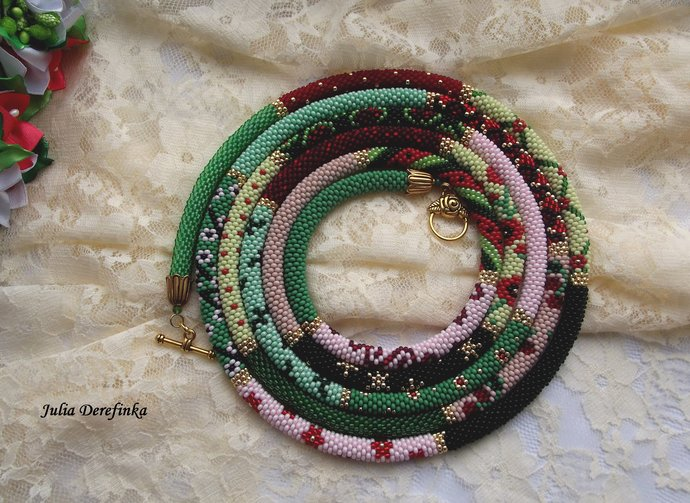 Green red Extra Long bead crocheted lariat necklace. Chunky jewelry in boho