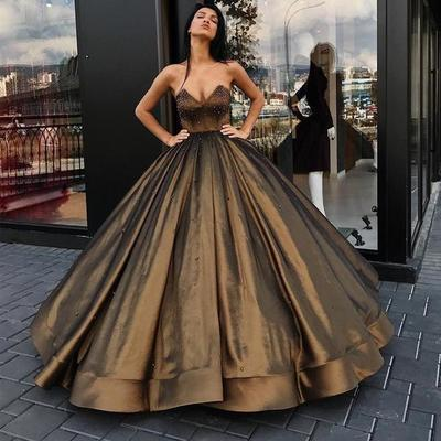 Charming Ball Gown Sweetheart Long Prom/Evening Dress With Beading