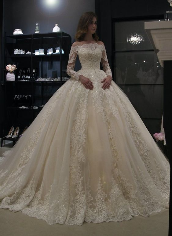 Princess royal off shoulder wedding dress Nuria by Olivia Bottega. Beading Lace