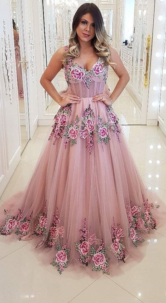 Stunning Tulle Spaghetti Straps Appliques A-line Prom Dresses