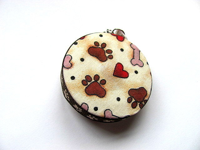 Measuring Tape Dog Bones Paws and Hearts Retractable Tape Measure