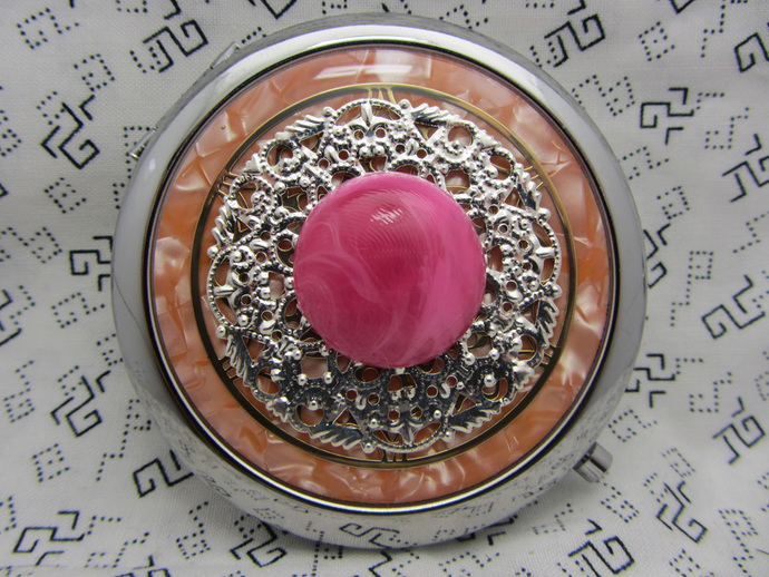 Compact mirror - Gumball - gift for bridesmaids - compact mirror with protective