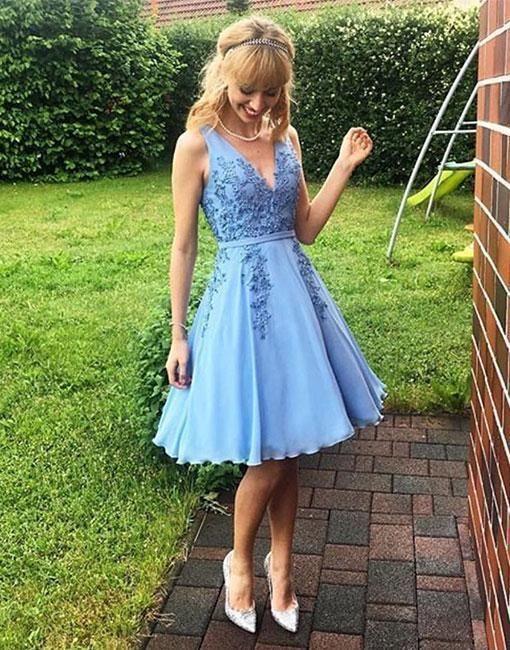 Sky Blue V-neck Lace Applique Prom Homecoming Dresses