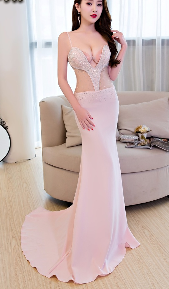 Long Evening Dresses With Beautiful Beads Lace Flowers Sexy Club Party Dresses