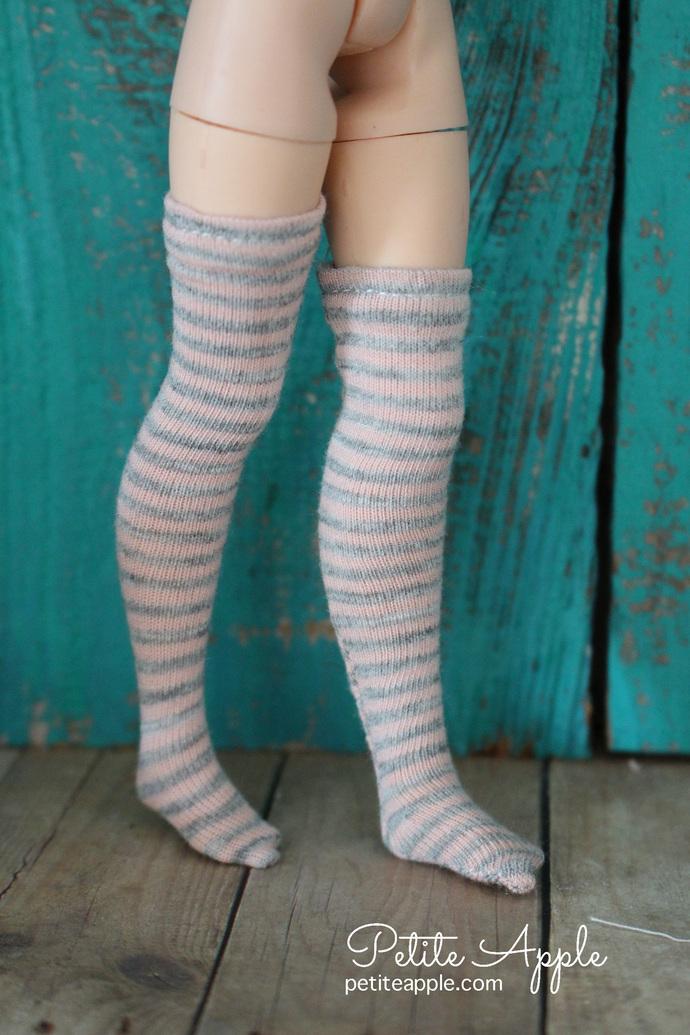 Blythe Muted pink/grey striped long socks, stockings, leggings