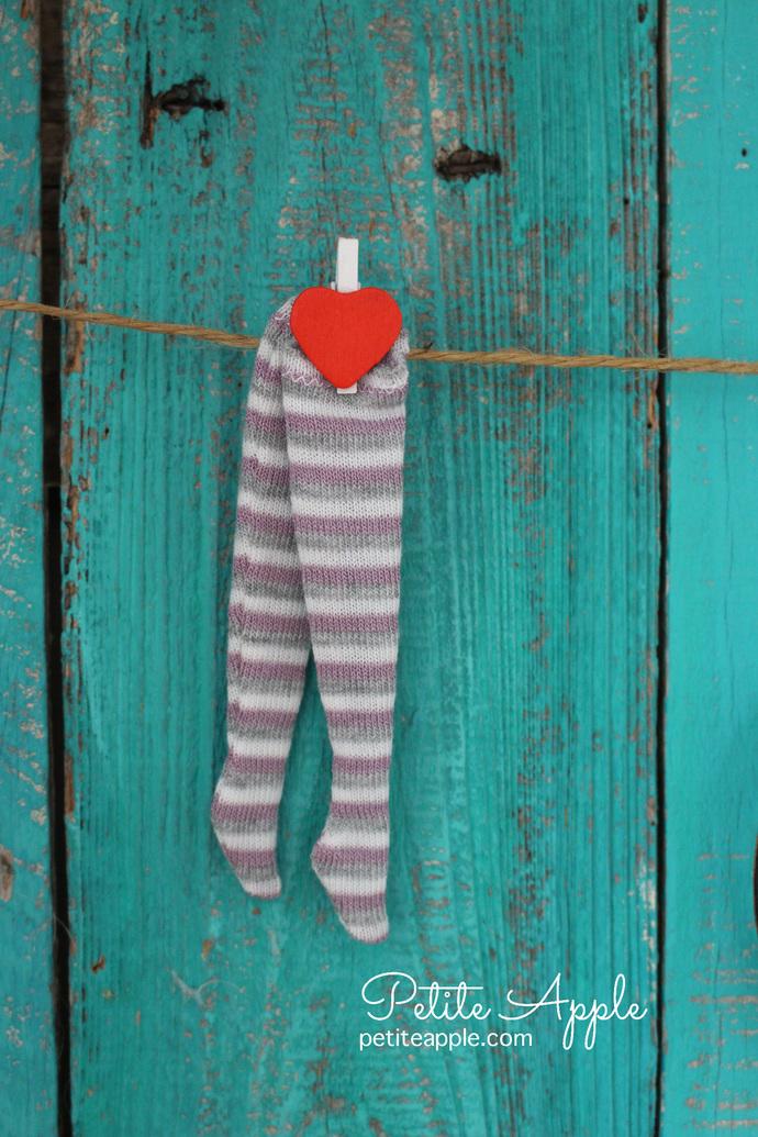 Blythe Grey-white-dusty purple striped long socks, stockings, leggings
