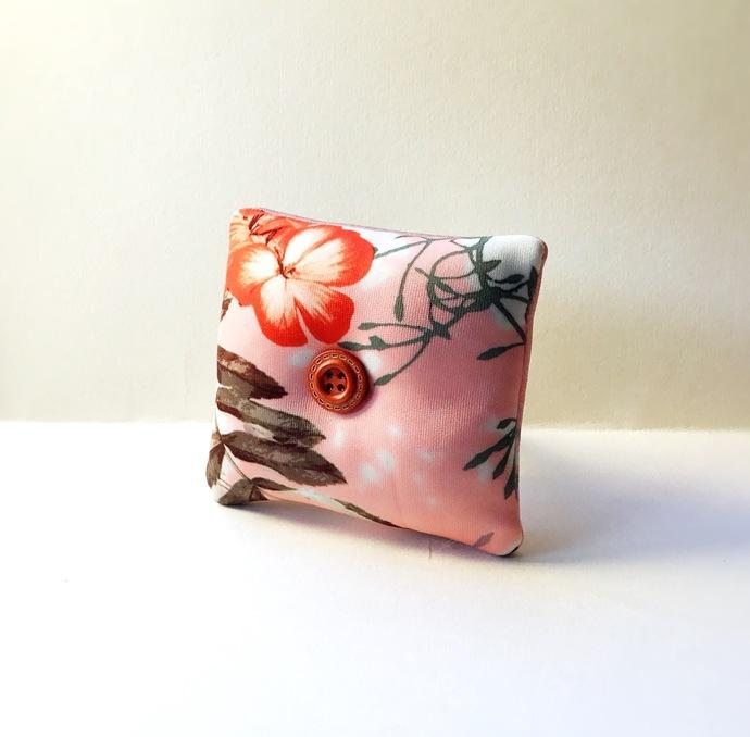 Handmade Flower Design Wrist Pin Cushion