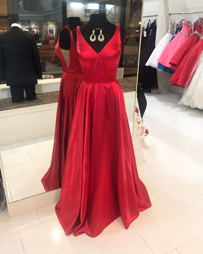 Simple V-Neck Red Long Prom Dress