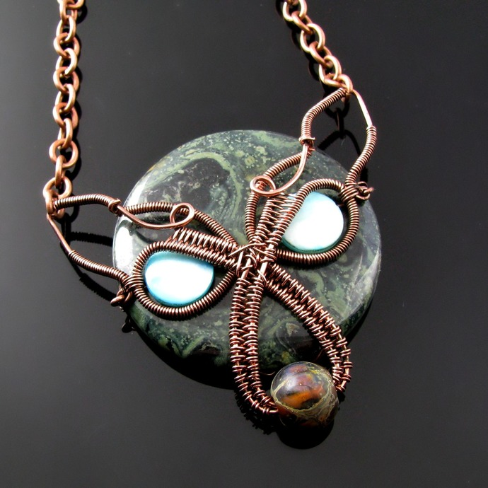 Demon wolf - Wire woven pendant with Kambaba jasper