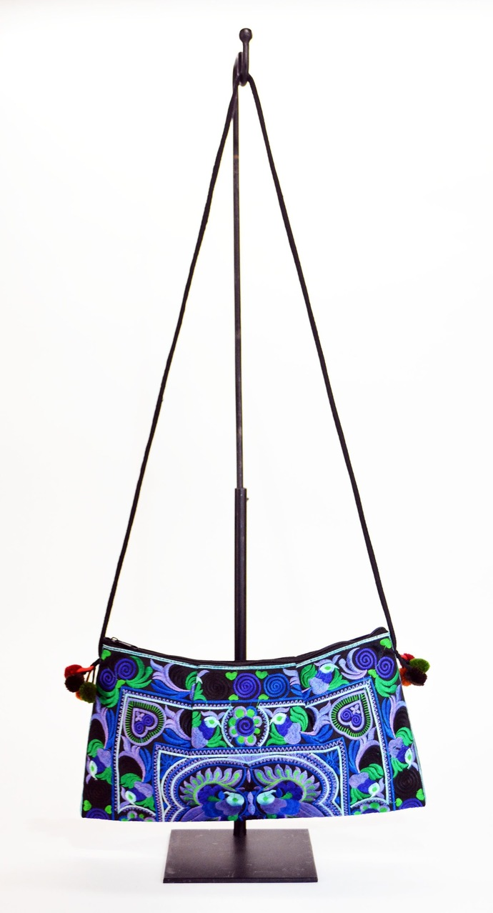 Embrodery Purse Bag In H'Mong Fabric Blu