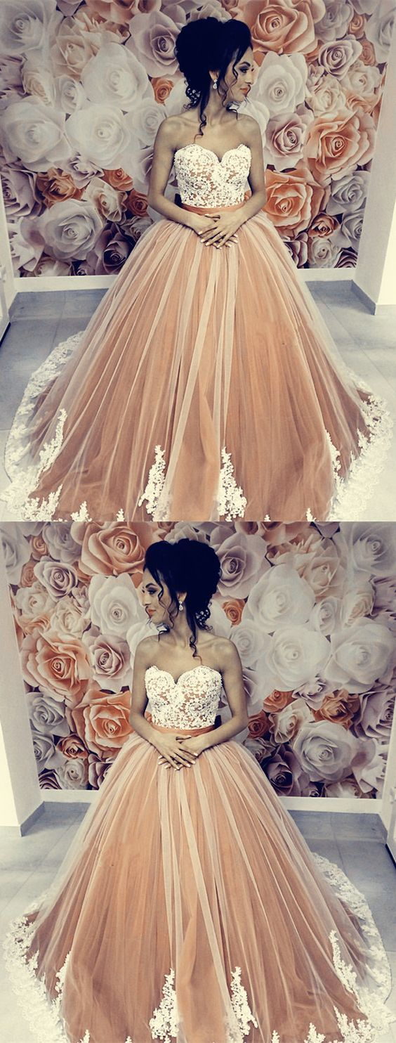 Ivory Lace Appliques Sweetheart Tulle Champagne Quinceanera Dresses M7189